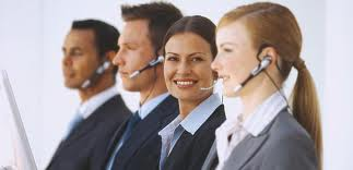 Important Considerations When Deciding to Outsource to a Call Center - Featured Image